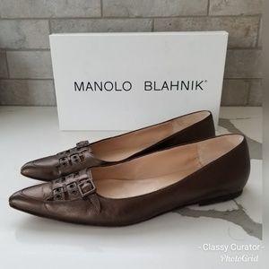 MANOLO BLAHNIK bronze pointy toe flats